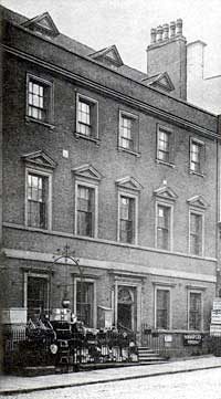 Bromley House frontage in the early 1900s.